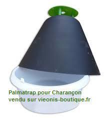 Photo fond blanc du PALMatrap® piège ouvert vendu en kit pour le charançon rouge du palmier chez viveonis